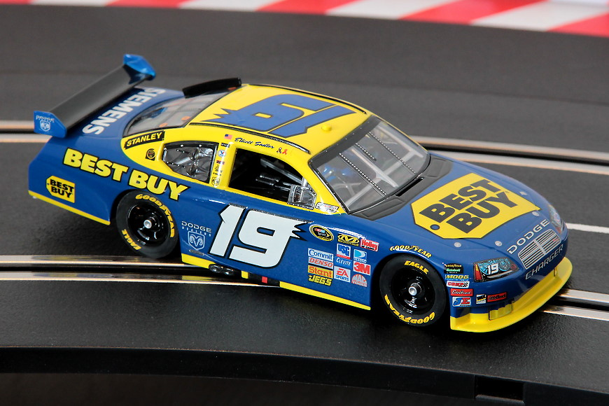 Dodge Charger CoT, Elliott Sadler, No. 19, Art.-Nr.: 30501